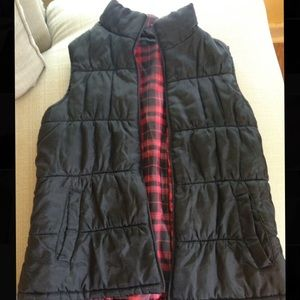 Puffy Reversible Vest