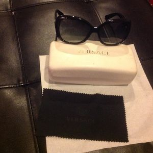 Auth. Versace black sunglasses for 230$