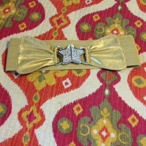 Accessories - ⬇️⬇️⬇️reduced!!' Gold star belt