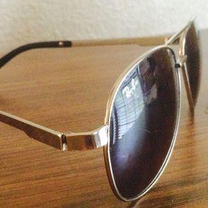 ⭐️Ray-Ban sunglasses*** price reduced***