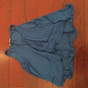 FLOWY BLUE SILK TOP/TANK W RUFFLE