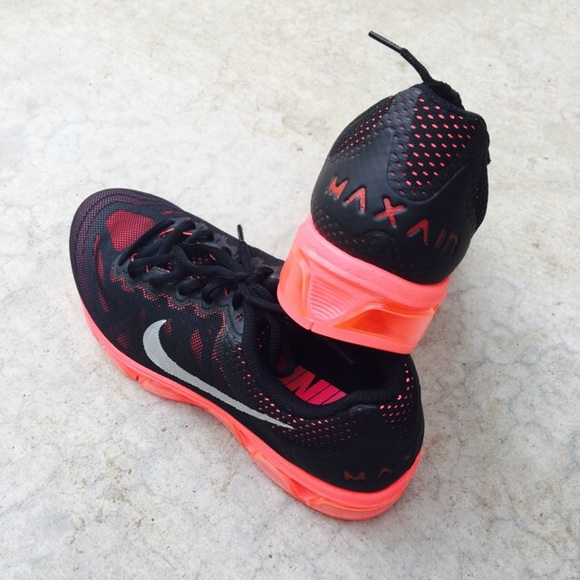 new style ddb9d 5ca6d  Nike  Black   Red Air Max Tailwind 7