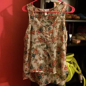Tops - NWOT Floral Chiffon Sleeveless Blouse