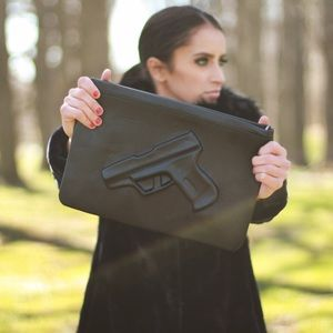 Black gun clutch