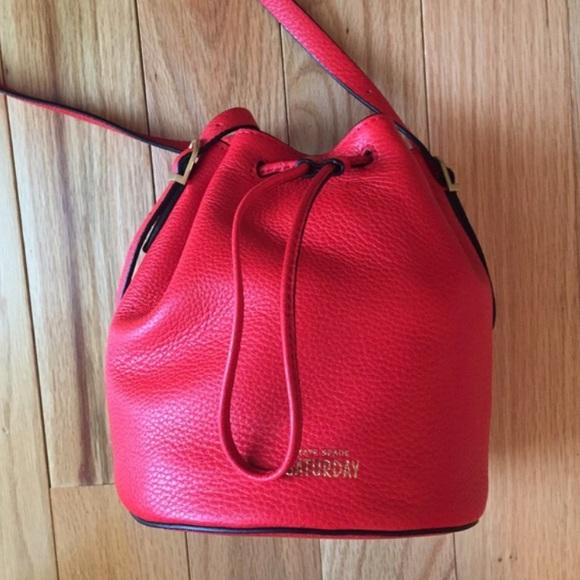 🎉PM editor Pick🎉Kate Spade Saturday Bucket Bag