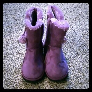Unknown Other - SALE!! Cute Purple Slipper Boots