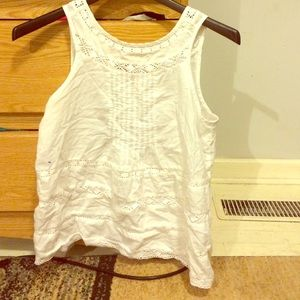 White American Eagle tank top.