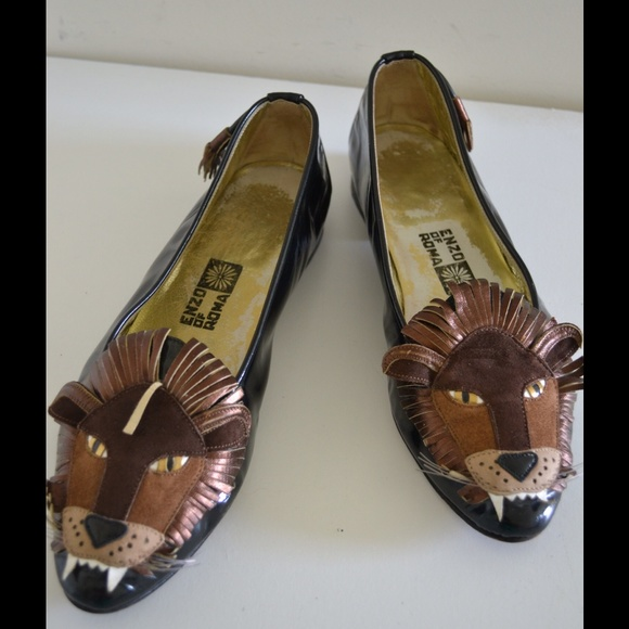 ff544ab498c0 Enzo of Roma Shoes - Very rare Enzo of Roma lion shoes!