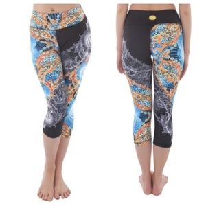🆕LISTING Luna Jai Golden Athletic Capris ❗️SALE❗️