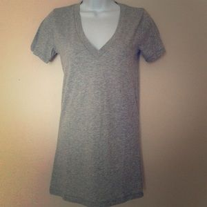 NWT Vs Pink V Neck Tee