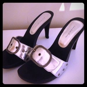 Black and silver buckle open toed high heels