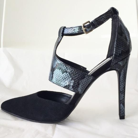 Steve Madden Shoes - -----❤️SOLD❤️-----
