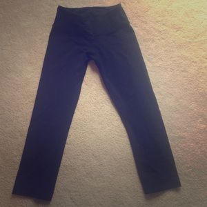lululemon athletica Pants - Lululemon capris