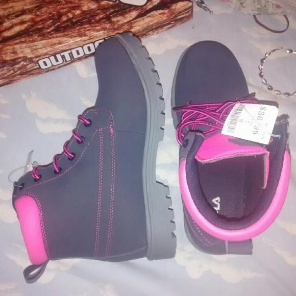 16d1ec29a90a Fila Shoes