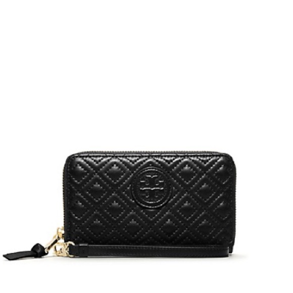 35% off Tory Burch Accessories - Tory Burch quilted Marion whislet ... : black quilted wallet - Adamdwight.com