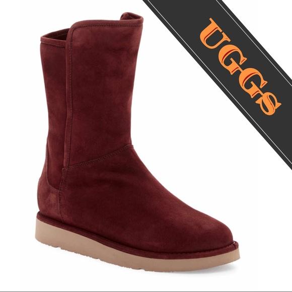 30 off ugg shoes ugg abree shearling short zip boots. Black Bedroom Furniture Sets. Home Design Ideas