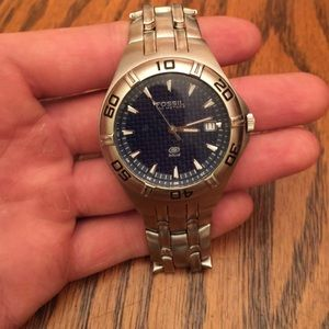 Fossil 100 meters blue watch