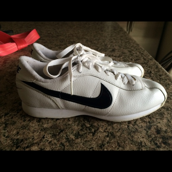 wholesale dealer 1d4e6 154e5 Nike Shoes - Nike Stamina Womens Cheer Shoe