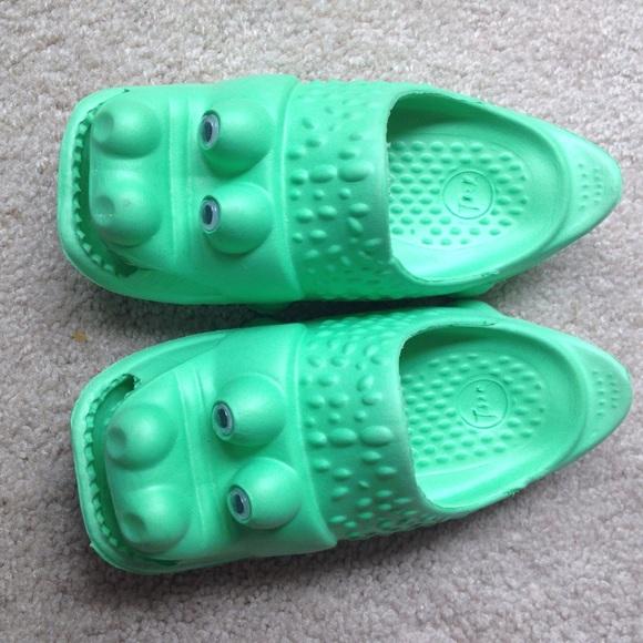 7510a0c88 M 553c43a48f0fc4042400898e. Other Shoes ...