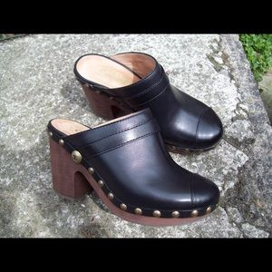 Chanel clogs size 40