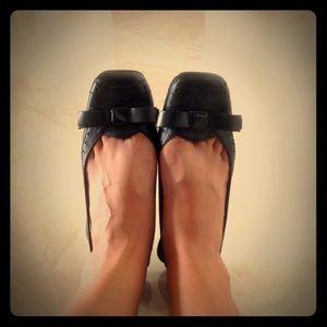 🎀Nine West Black Bow Slingback Kitten Heels🎀