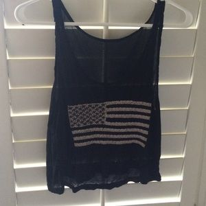 Black and white American flag tank