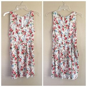 Forever 21 Dresses & Skirts - New Creme Floral Print Sleeveless Dress