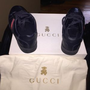 c6b34afdd9b Gucci Shoes - Gucci Kids navy blue leather lace up sneakers