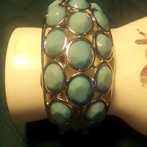 Turquoise color bangle bracelet with clasp