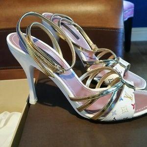 Louis Vuitton strapped sandals white Murakami