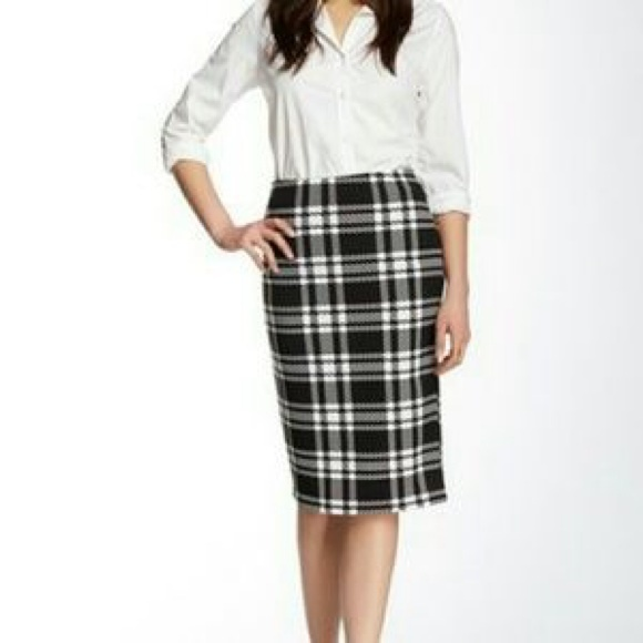 69% off Bobeau Dresses & Skirts - Bobeau Black and White Plaid ...