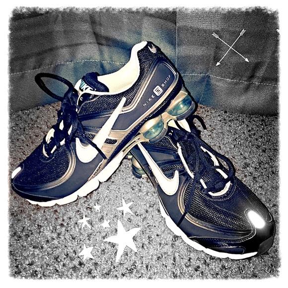 on sale 29d31 14a48 Nike Shox Experience + 2 - Women s. M 553e5b4b41b4e06ee0011b89