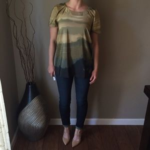 NWT Simply Vera Wang Ombre Blouse