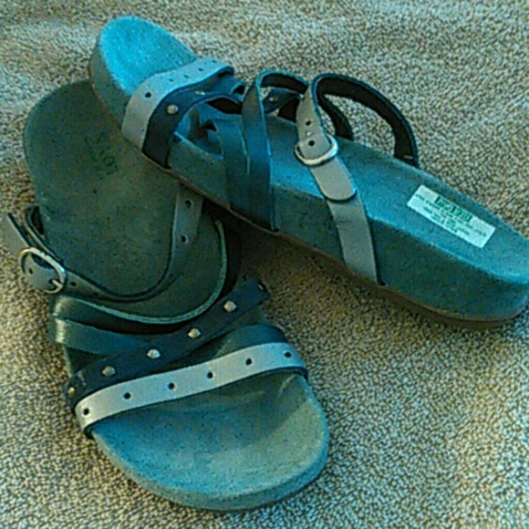 44 Off Naot Shoes Naot Women Sandals Size 38 From Kiana