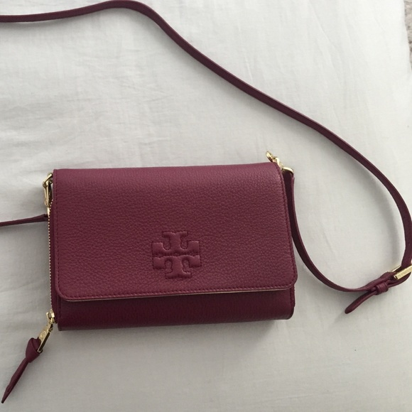 9cb5a12630f Tory burch Thea wallet cross-body. M 553e5f2d7eb29f6bbf011b8f