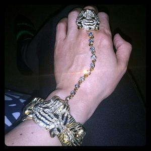 Tiger chained bracelet
