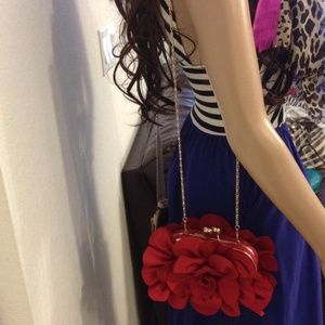 Gorgeous Just Fab floral clutch/crossbody Nwt
