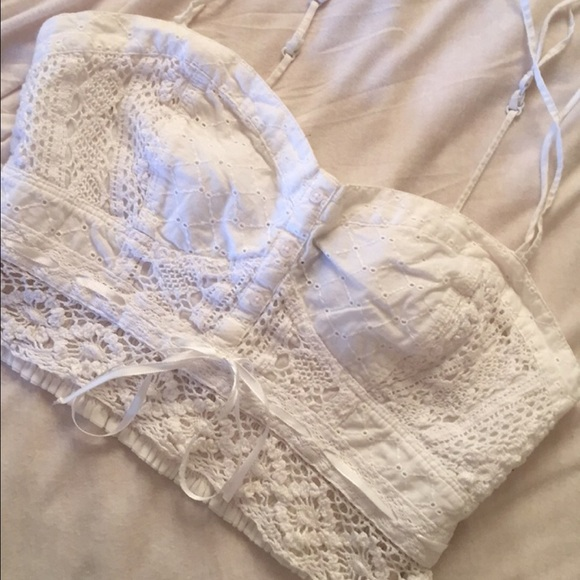 2f33194a9e680a American Eagle Outfitters Tops - American Eagle white lace crop top