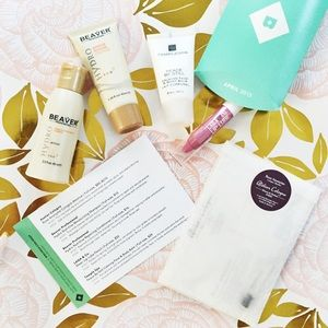 Atelier Accessories - April 2014 Birchbox Samples