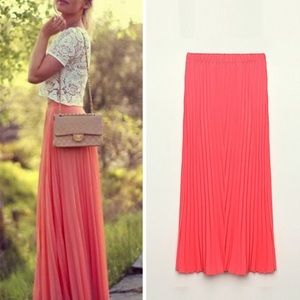 Dresses & Skirts - Pleated accordion skirt maxi coral pink red