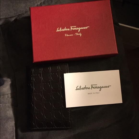 Salvatore ferragamo wallet Single fold card holder b1a0ae5fa8645