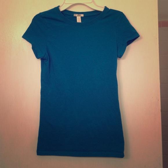 76 off tops aqua blue t shirt from erin 39 s closet on for Aqua blue color t shirt