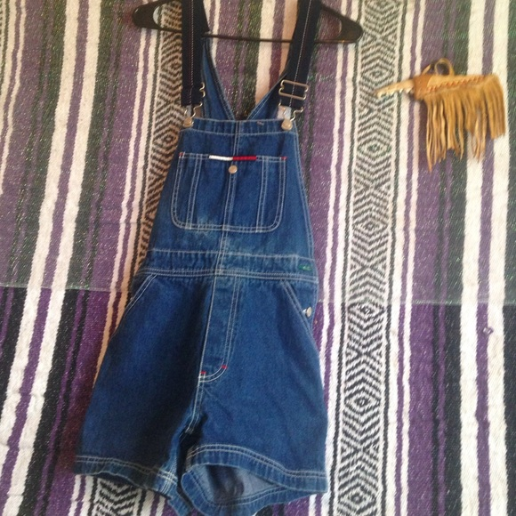 94e875cd5bc Tommy overall shorts. M 553fa139d14d7b5594001c41