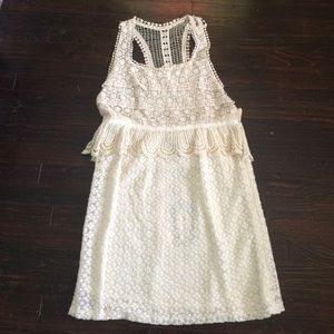 NWT size 12 Meghan Crocheted Lace Dress