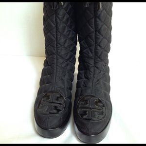Tory Burch quilted Gigi 2 boots. Size 8