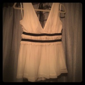 White top with black line detail