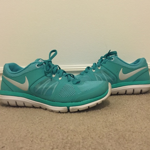 Nike Shoes - Nike Flex 2014 Run, sz 7.5