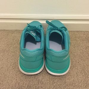 Nike Shoes - Nike Flex 2014 Run, sz 7.5