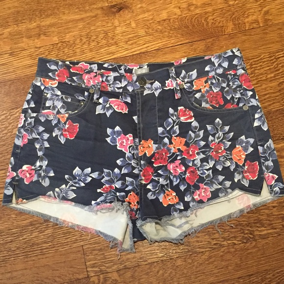 Citizens of Humanity Denim - Floral Printed Denim Citizens of Humanity Shorts