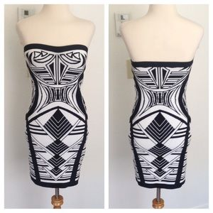 Dresses & Skirts - Abstract geo print dress